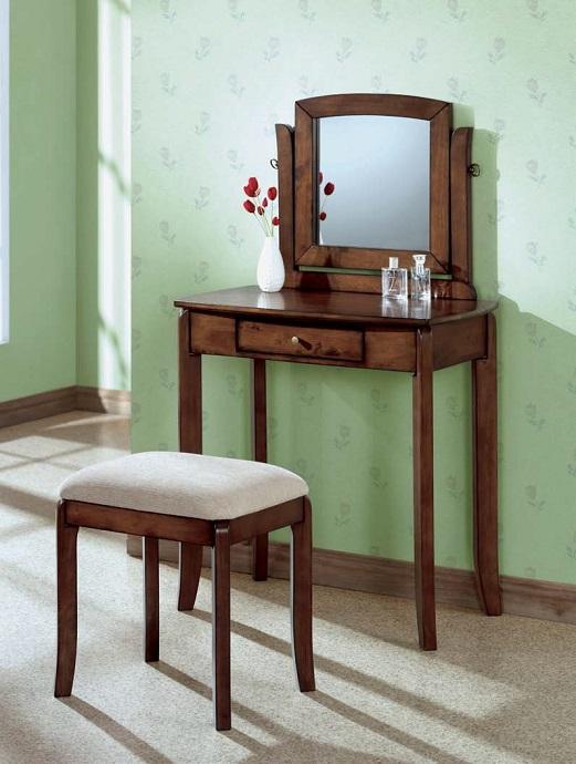 I1583 Vanity Set