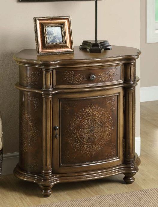 I3825 Bombay Chest
