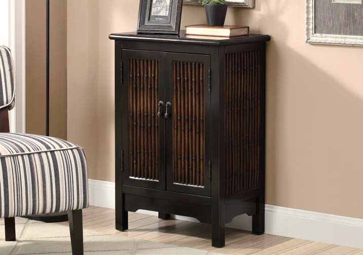 I3836 Bombay Chest