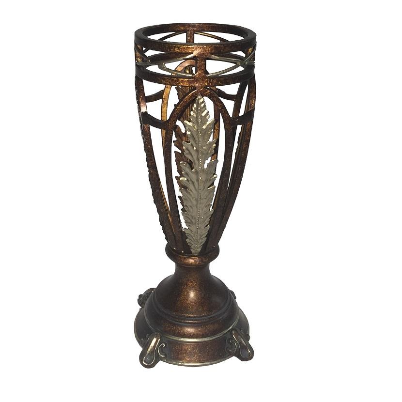 V606 Vase