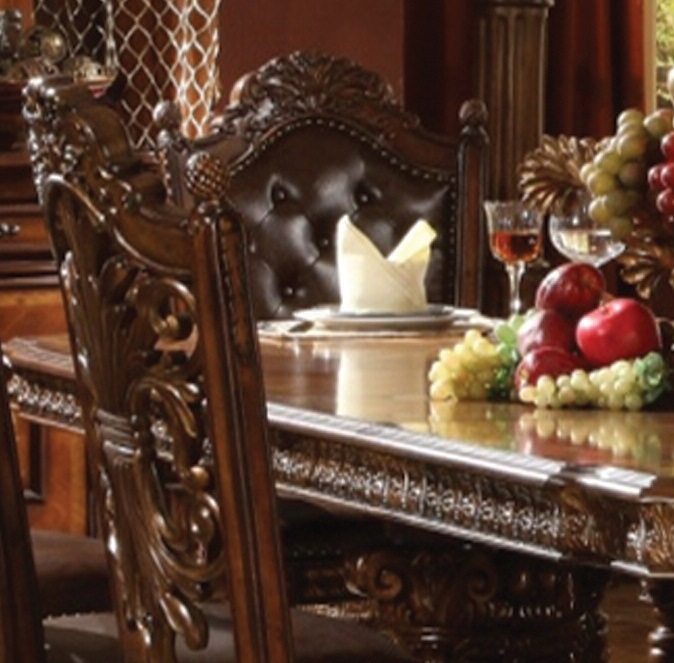 Callalily Dining Room Close View