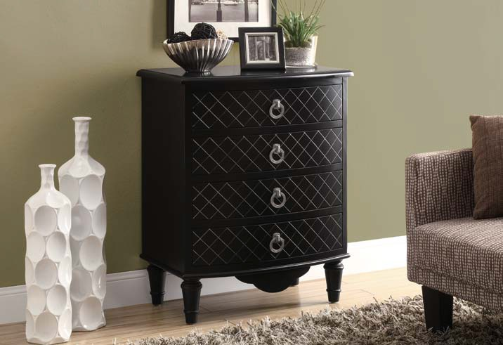 I3890 Bombay Chest